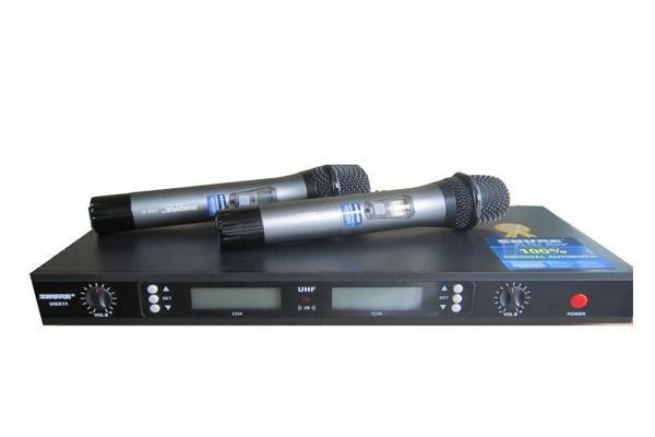 Micro không dây Shure UGX11 .